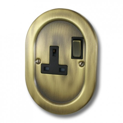 Antique Brass Empire - 1 Gang Plug Socket - EM06AN